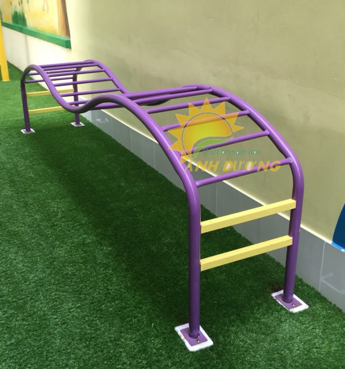 Chuyên sản xuất thang leo thể chất trẻ em cho trường mầm non, công viên, KVC9
