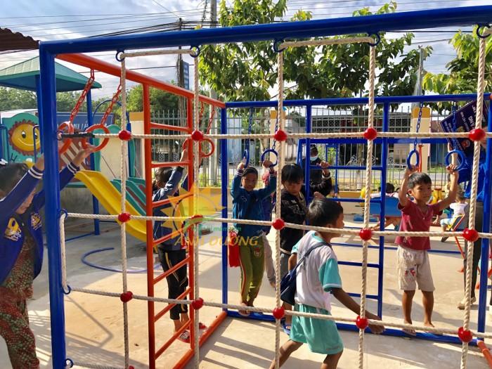 Chuyên sản xuất thang leo thể chất trẻ em cho trường mầm non, công viên, KVC10