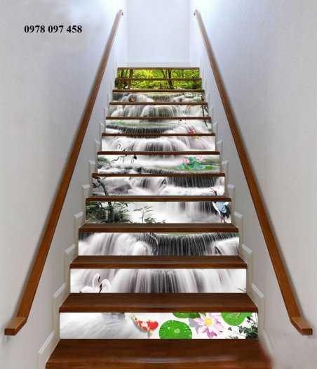 Tranh trang trí cầu thang0
