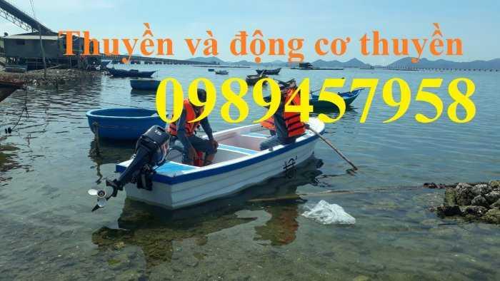 Thuyền cứu hộ3