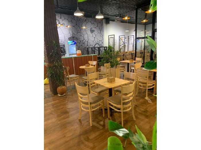 Bộ bàn ghế gỗ cafe thanh lí