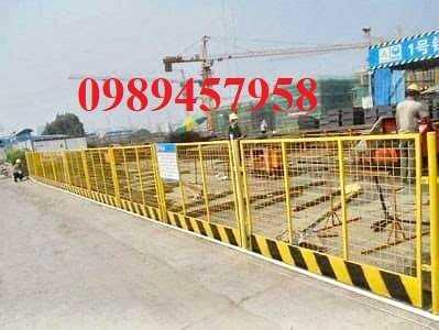 Gia công hàng rào khung di động, Hàng rào chắn công ty, Hàng rào ngăn kho sơn tĩnh điện1