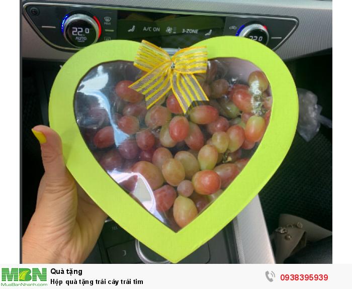 Hộp quà trái cây Nho hình trái tim0