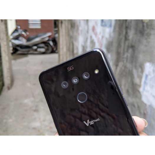 LG V50 ThinQ 5G4