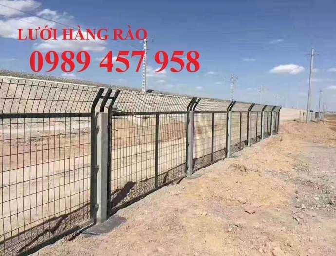 Hàng rào uốn sóng trên thân, hàng rào gập tam giác đầu2