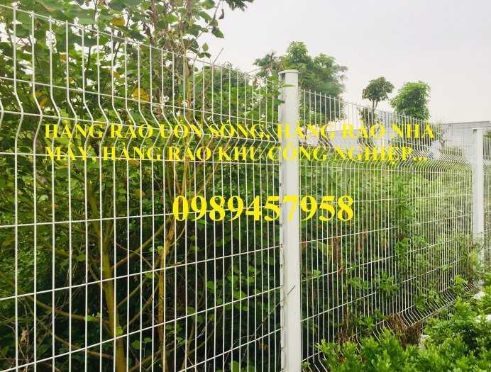 Hàng rào uốn sóng trên thân, hàng rào gập tam giác đầu1