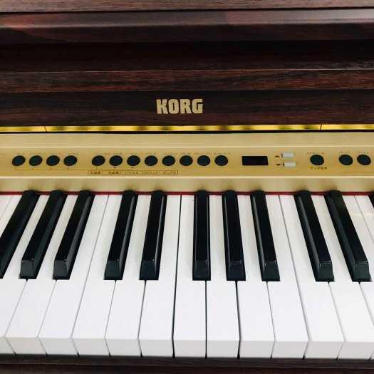 Piano điện KORG-C6703