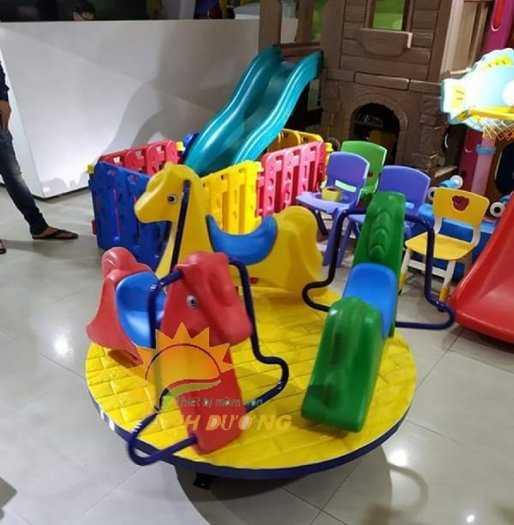 Cung cấp đu quay trẻ em cho trường mầm non, khu vui chơi, công viên10