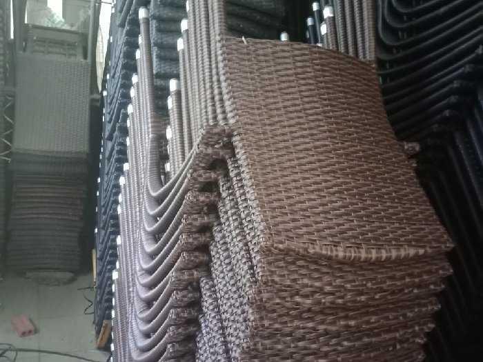 Ghế ba sô đen làm tại xưởng sản xuất anh1