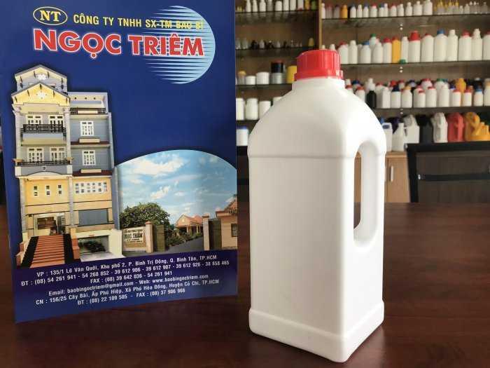 Bình Nhựa 1 Lít Vuông Quai (B-018) - Bao Bì Ngọc Triêm2