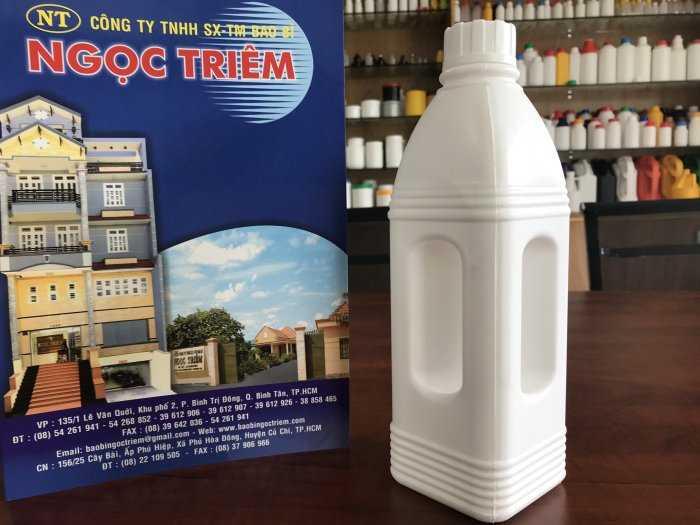 Bình Nhựa 1 Lít Vuông Quai (B-022) - Bao Bì Ngọc Triêm2