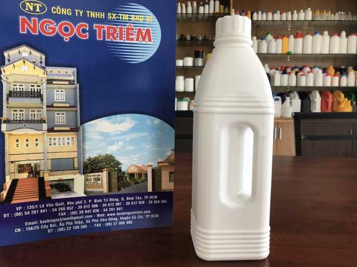 Bình Nhựa 1 Lít Vuông Quai (B-022) - Bao Bì Ngọc Triêm0