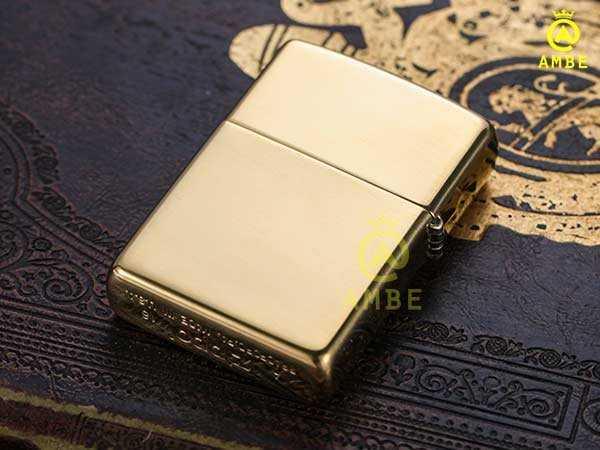 Bật lửa Zippo Mỹ vàng trơn bóng 254 có chữ3