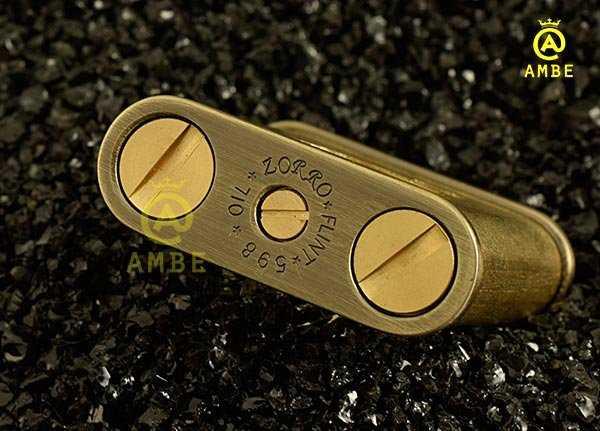 Bật lửa xăng đá độc lạ Zorro Z506-598B2