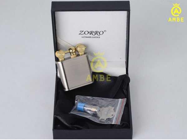 Bật lửa xăng đá độc lạ Zorro Z5586