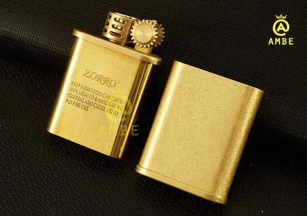 Bật lửa xăng đá Zorro Z5875