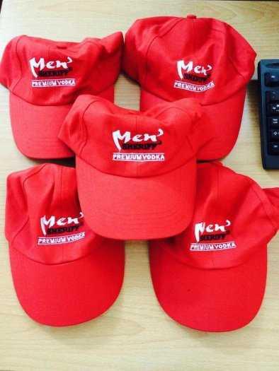 May mũ nón thêu logo theo yêu cầu9