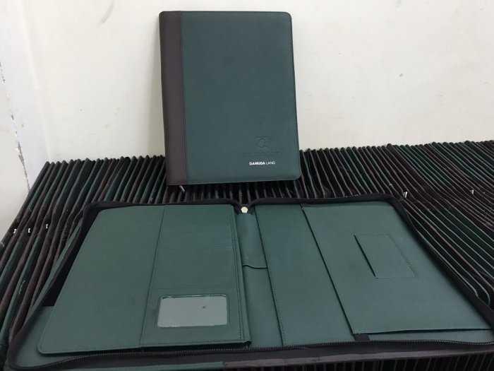 Cơ sở sản xuất sổ bìa da dây kéo4