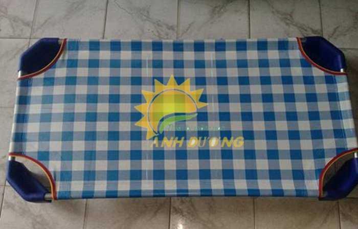 Cung cấp sỉ - lẻ giường lưới mầm non cho bé ngủ trưa4
