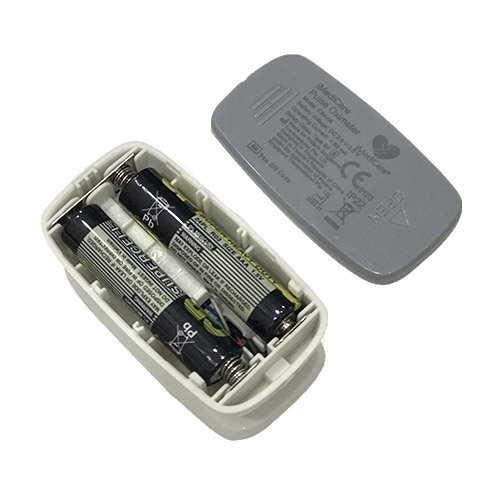 Máy đo nồng độ bão hòa oxy trong máu (SpO2) và nhịp tim iMediCare iOM-A81