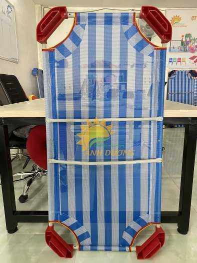 Chuyên bán giường lưới mầm non cho các bé ngủ ngon giá TỐT8