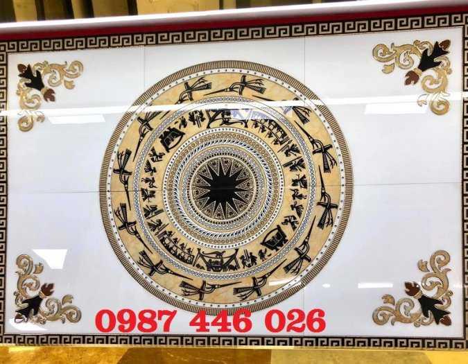 Gạch thảm, gạch trang trí khắc vàng HP70285
