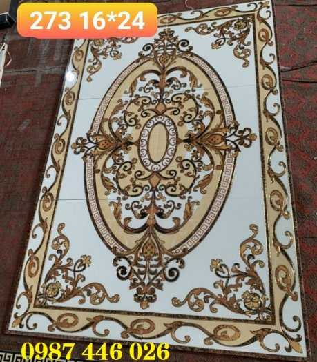 Gạch thảm, gạch trang trí khắc vàng HP70283