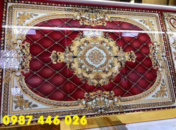 Gạch thảm, gạch trang trí khắc vàng HP70286