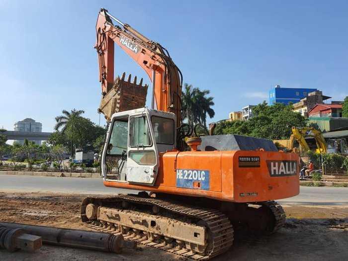 Máy đào nhập khẩu Hàn Quốc Halla HE220LC0