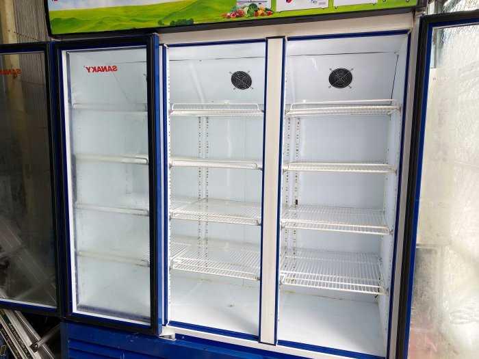 Tủ mát Sanaky VH-1500HY 1500 lít (3 cánh)0