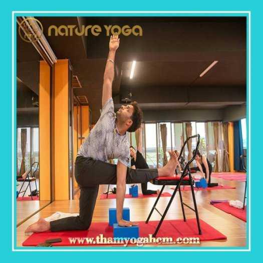 Ghế Tập Yoga Đa Năng Hỗ Trợ Tại Nhà Có Cầu Đỡ Đầu2