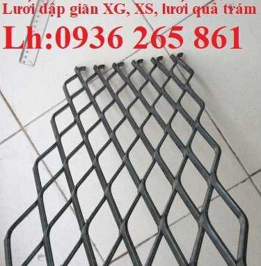 Lưới thép dập giãn làm cầu thang, lan can, hành lang, sàn thao tác giá rẻ9