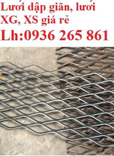 Lưới thép dập giãn làm cầu thang, lan can, hành lang, sàn thao tác giá rẻ10