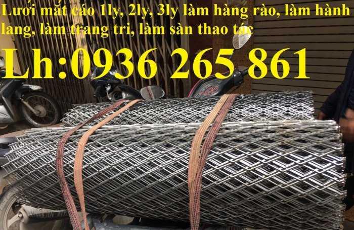 Lưới thép dập giãn làm cầu thang, lan can, hành lang, sàn thao tác giá rẻ6