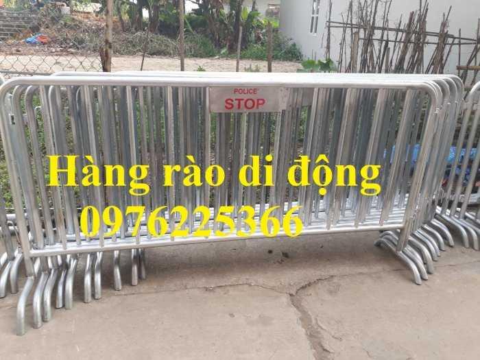 Sản xuất hàng rào ngăn cách ,hàng rào di động, rào chắn di động9