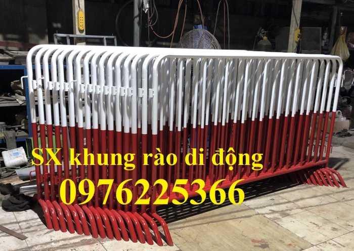 Sản xuất hàng rào ngăn cách ,hàng rào di động, rào chắn di động6