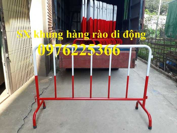 Sản xuất hàng rào ngăn cách ,hàng rào di động, rào chắn di động4