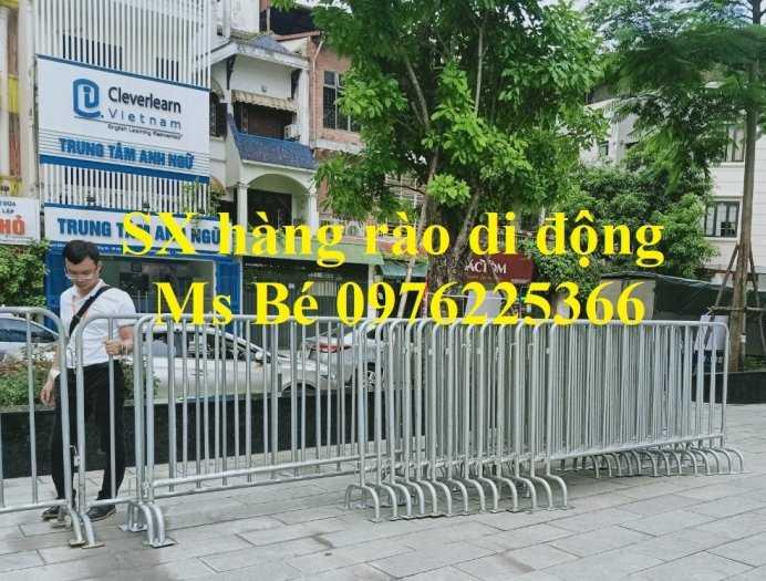 Sản xuất hàng rào ngăn cách ,hàng rào di động, rào chắn di động3