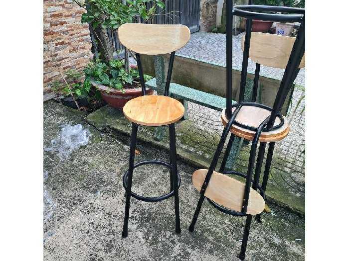 Ghế quầy bar giá rẻ ghế sắt gỗ2