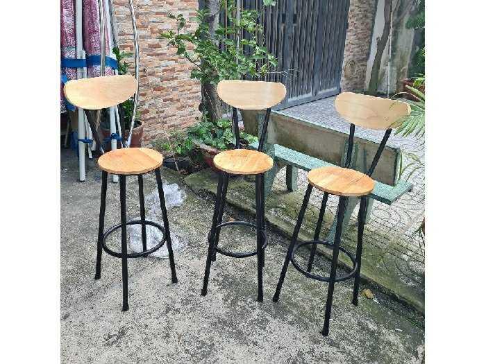 Ghế quầy bar giá rẻ ghế sắt gỗ3
