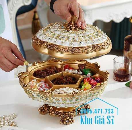 Cung cấp các loại khay hộp giả sứ cao cấp đính pha lê, kim cương đựng bánh kẹo mứt tết - Bán các loại khay đựng bánh kẹo mứt tết cao cấp nhất, đẹp nhất