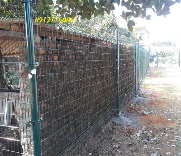 Hàng rào lưới thép hàn D5 a 50x150, 50x200 mạ kẽm sơn tĩnh điện.1