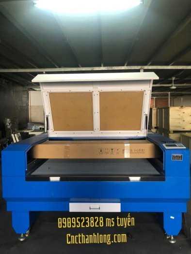 Máy laser 1610-2 đâu chuyên cắt khắc vải , mica , alu , gỗ ,....3