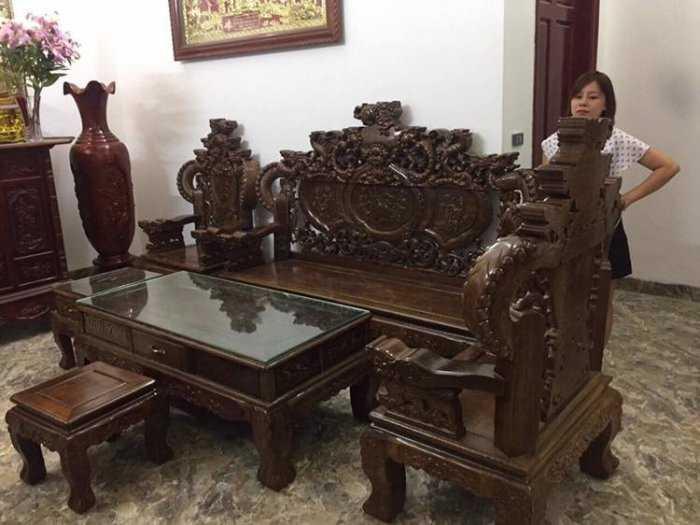 Bộ bàn ghế nghê đỉnh tay khuỳnh vách chữ C gỗ mun đuôi công3