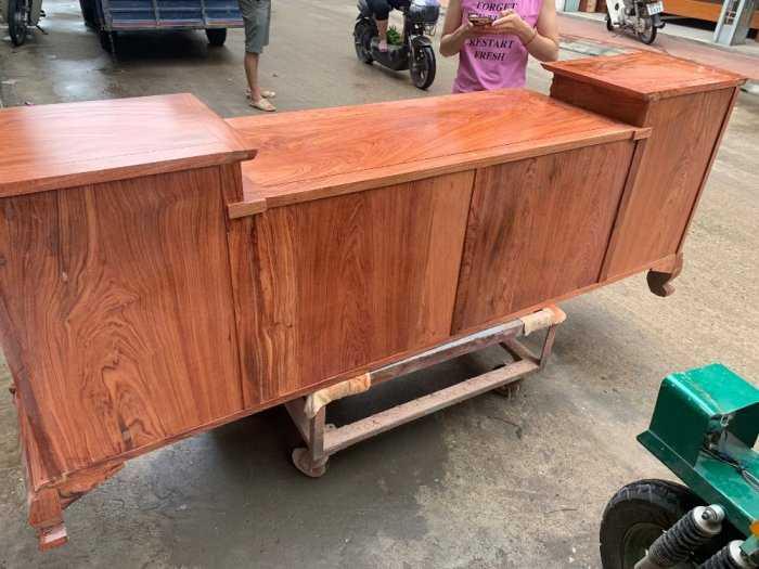Kệ Tivi Cột Nho Gỗ Hương Đá7