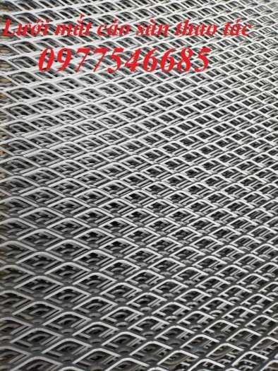 Lưới sàn thao tác sản xuất kích thước theo yêu cầu5