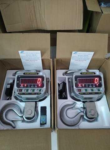 Cân treo điện tử 5 tấn chính hãng - Cân Hoàng Thịnh0