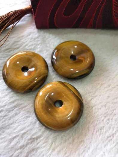 Mặt Dây Chuyềnn Đồng Tiền Điếu đá mắt hổ vàng nâu tự nhiên size 30mm x dầy 8mm hợp Anh Chị mệnh Kim Thổ Thủy có 399k3