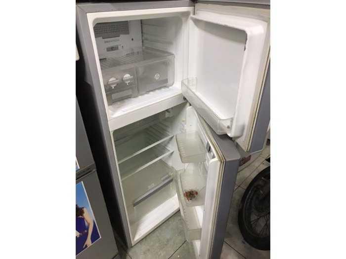 Tủ Lạnh elextrolux 210l1