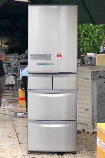 Tủ lạnh nội địa Hitachi R-S42BML 415 L đời 2012 ,công nghệ mới  #S42BMTtủ lạnh 5 cánh vừa đẹp trong lẫn ngoài mà còn tiết kiệm điện. Tủ còn mới >90% mặt trước không trầy xước, tiết kiệm điện 210kwh/năm 1 ngày chưa đến 1 số điện nha  Ngoài ra, khi mở cửa t13